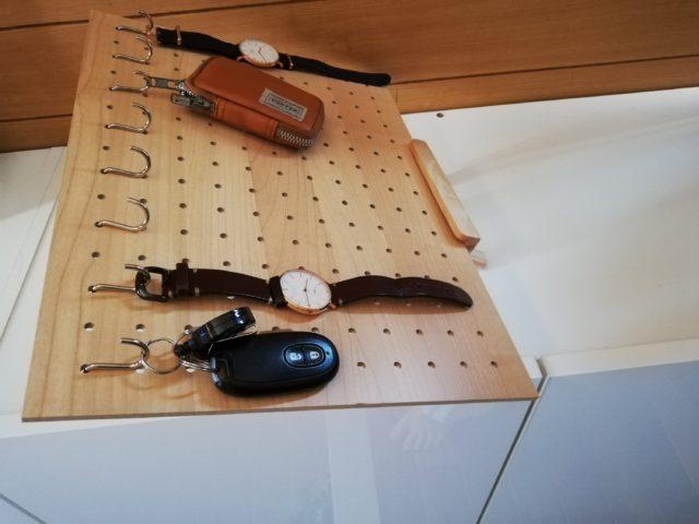 daiso ダイソー 有孔ボード パンチングボード デザインボード